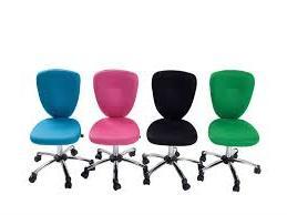 Nye stole til Hans og Grethe
